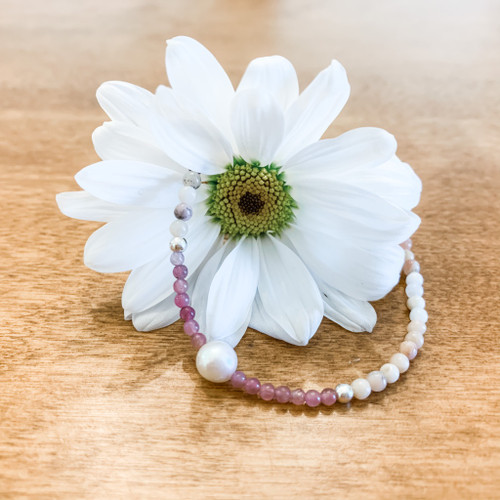 2mm Agate, 1mm Pink Tourmaline, and 5mm Pearl Bracelet