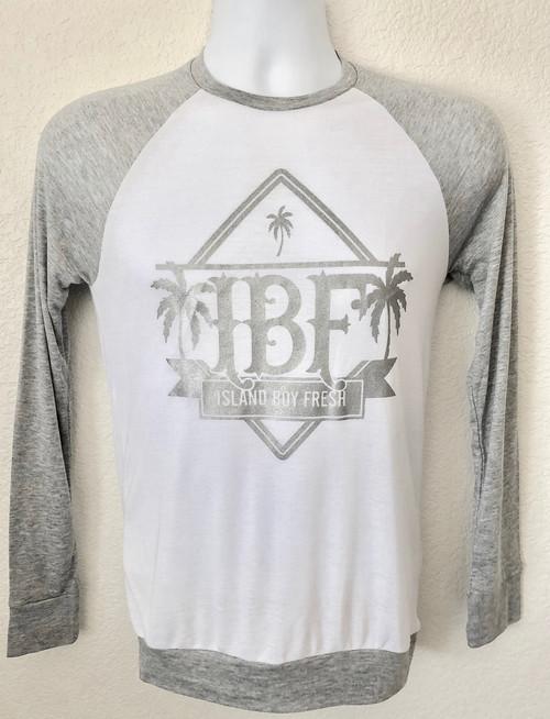 """""""Diamond Pyramids""""   White/LightGray & Silver Sweater"""