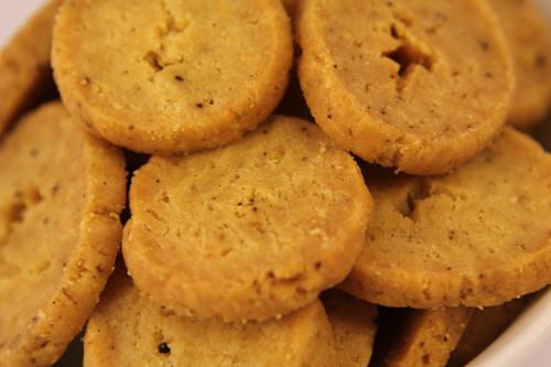 Gluten Free Parmesan & Black Pepper Biscuits