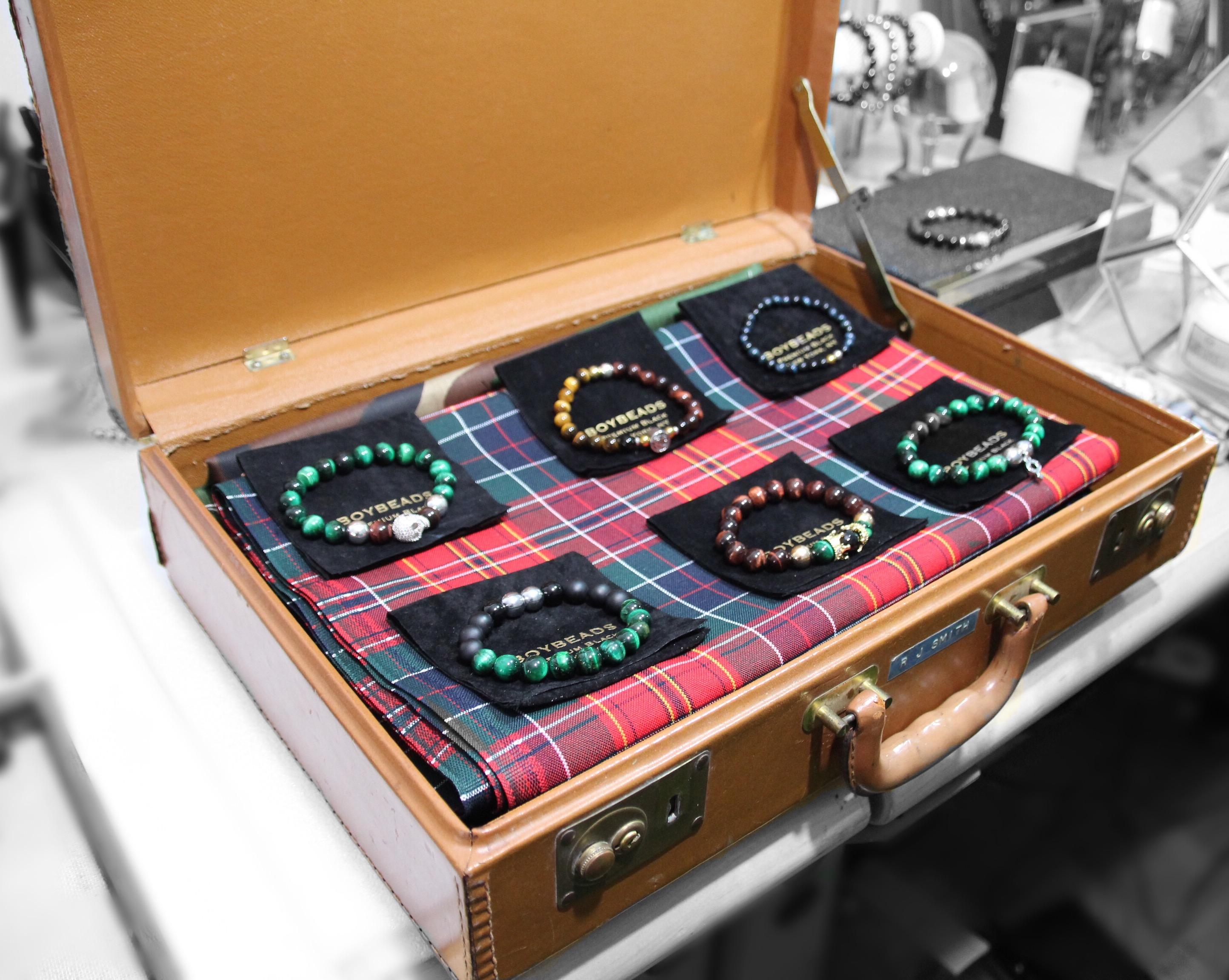 boybeads-trunk-show-vintage-jewelry-beaded-bracelets-handmade-trunk-luggage-display-etsy-harlem-vintage-antiques-nyctartan-plain-holiday-setup.jpg