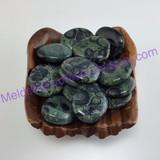 MeldedMind One (1) Swirly Kambaba Jasper Palm Stone 1.57in-1.61in Crocodile 075