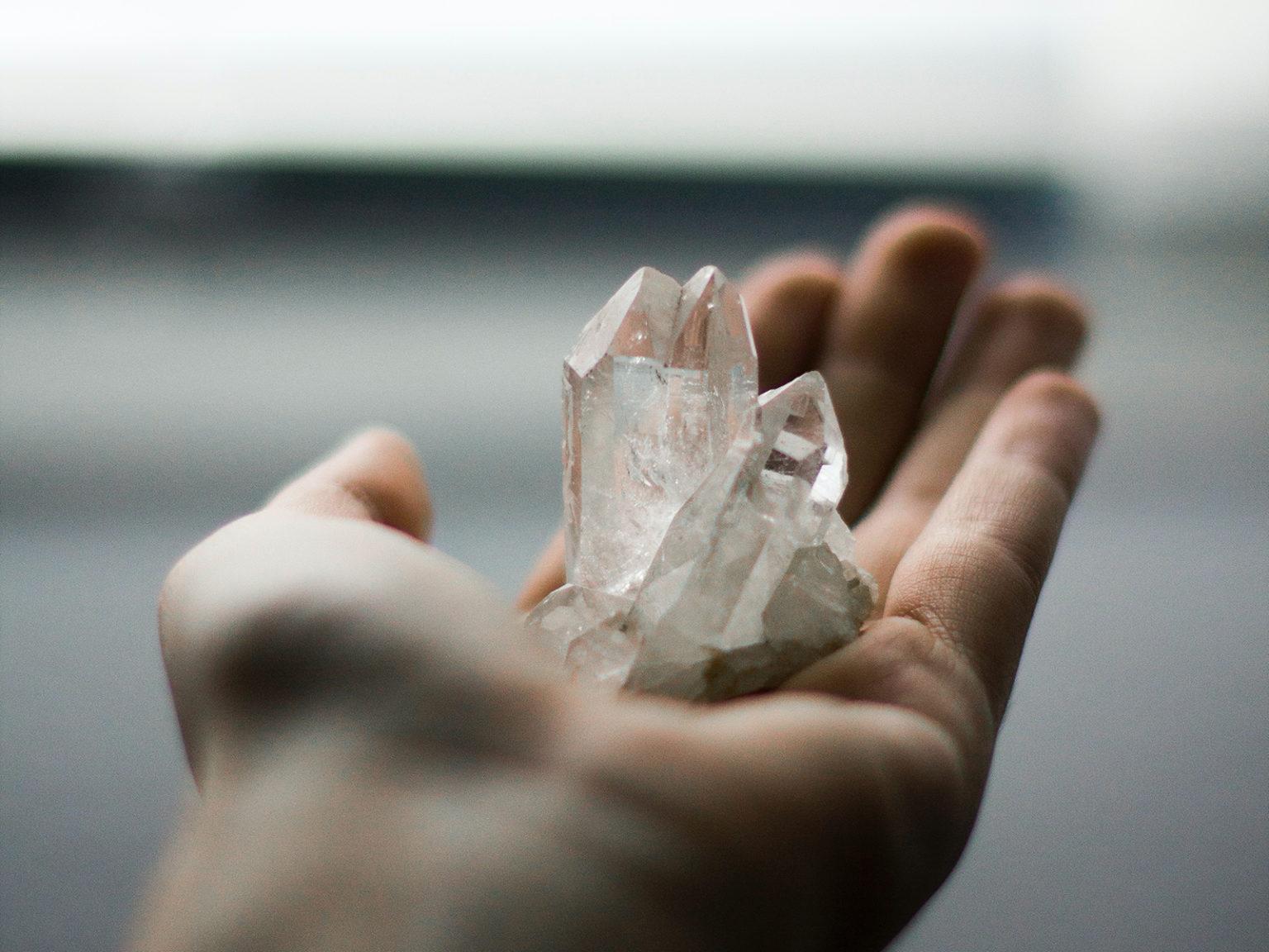 healing-hand-crystal.jpg