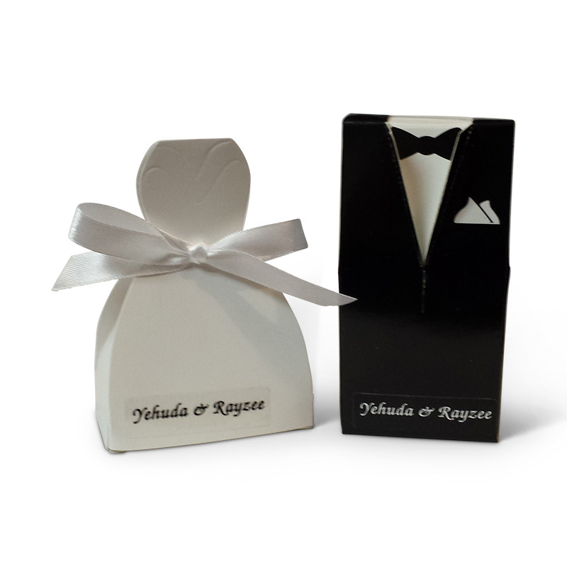 Bride & Groom Favor Boxes with optional personalized label