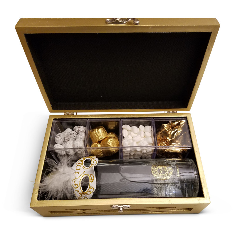 "Mirrored Personalized Gift Box in White, Gold, or Champagne,  9.5"" x  5.75"" x 3.25"""