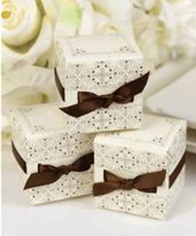Ribbon Weave Favor Boxes - Ivory (25 per pack)