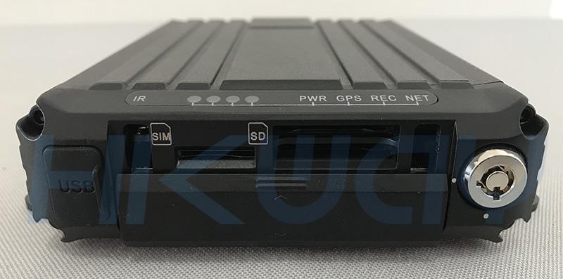hikway-new-dual-sd-card-h.265-1080p-mobile-dvr-door-open800.jpg