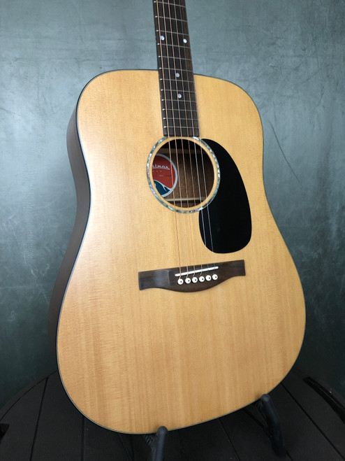 Eastman PCH Dreadnaught | Front view | Acoustic Corner