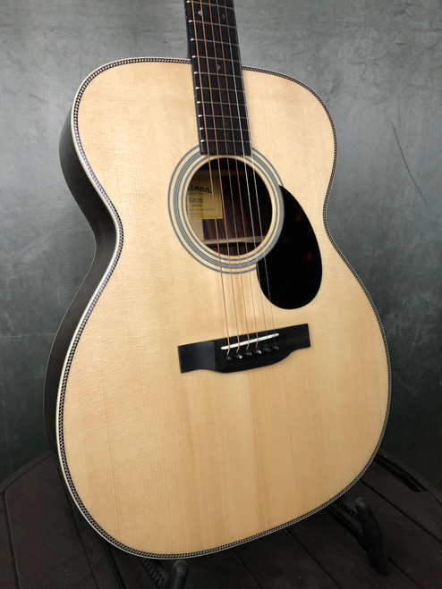 Eastman E20-OM | Front View | Acoustic Corner | Black Mountain, NC
