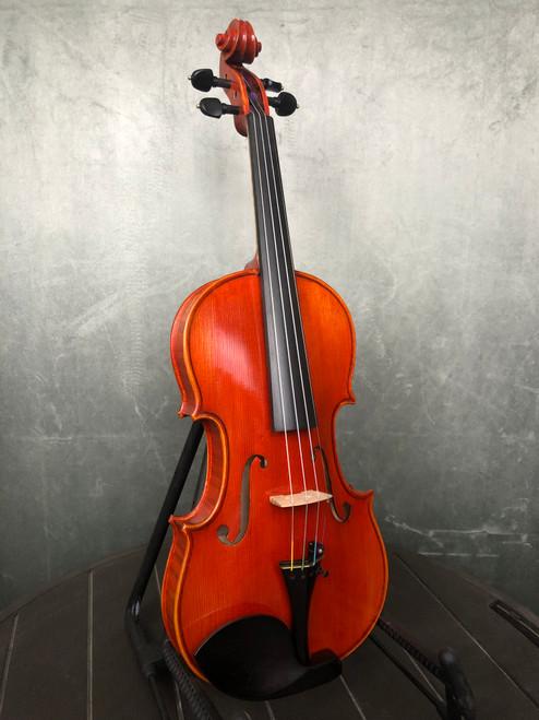 Eastman Josef Regh VL500 | Front View | Acoustic Corner | Black Mountain, NC