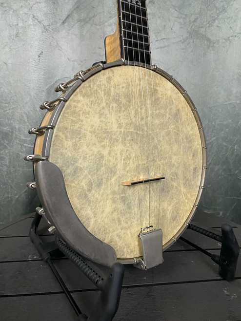 Wildwood Troubadour | Front View | Acoustic Corner | Black Mountain, NC