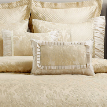 Close Up Duvet Cover Set _Beige Sara