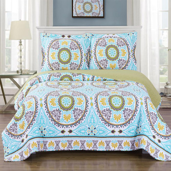 Nyah Oversized Quilted Coverlet Set Image