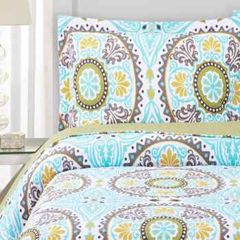 Nyah Quilted Coverlets/ Detailed King Pillow Shams