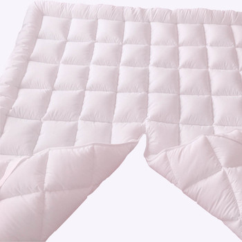Top Split California King Plush 2 Inches Mattress Pad closeup