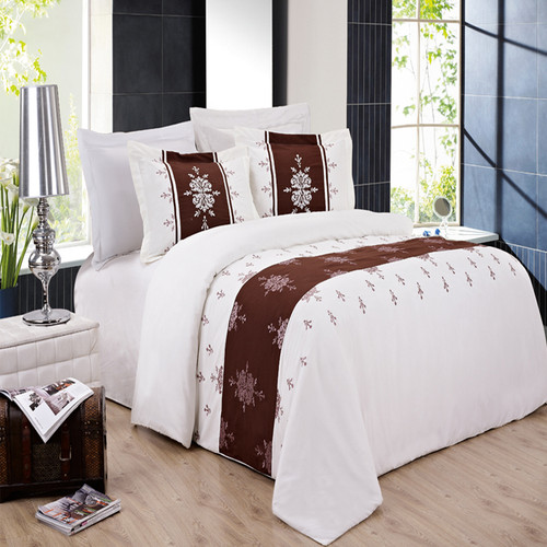 Eleanor-Embroidered-3-Piece-Duvet-Cover-Sets