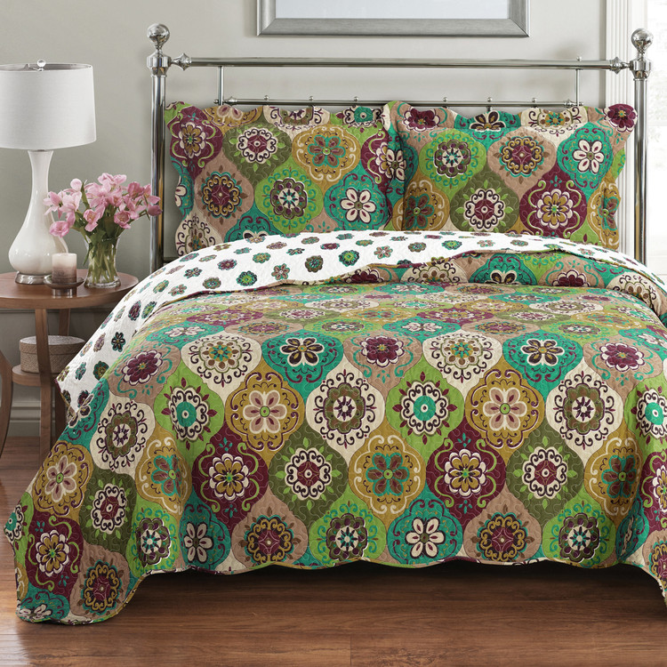 Bonnie Quilted Coverlet Set  Image