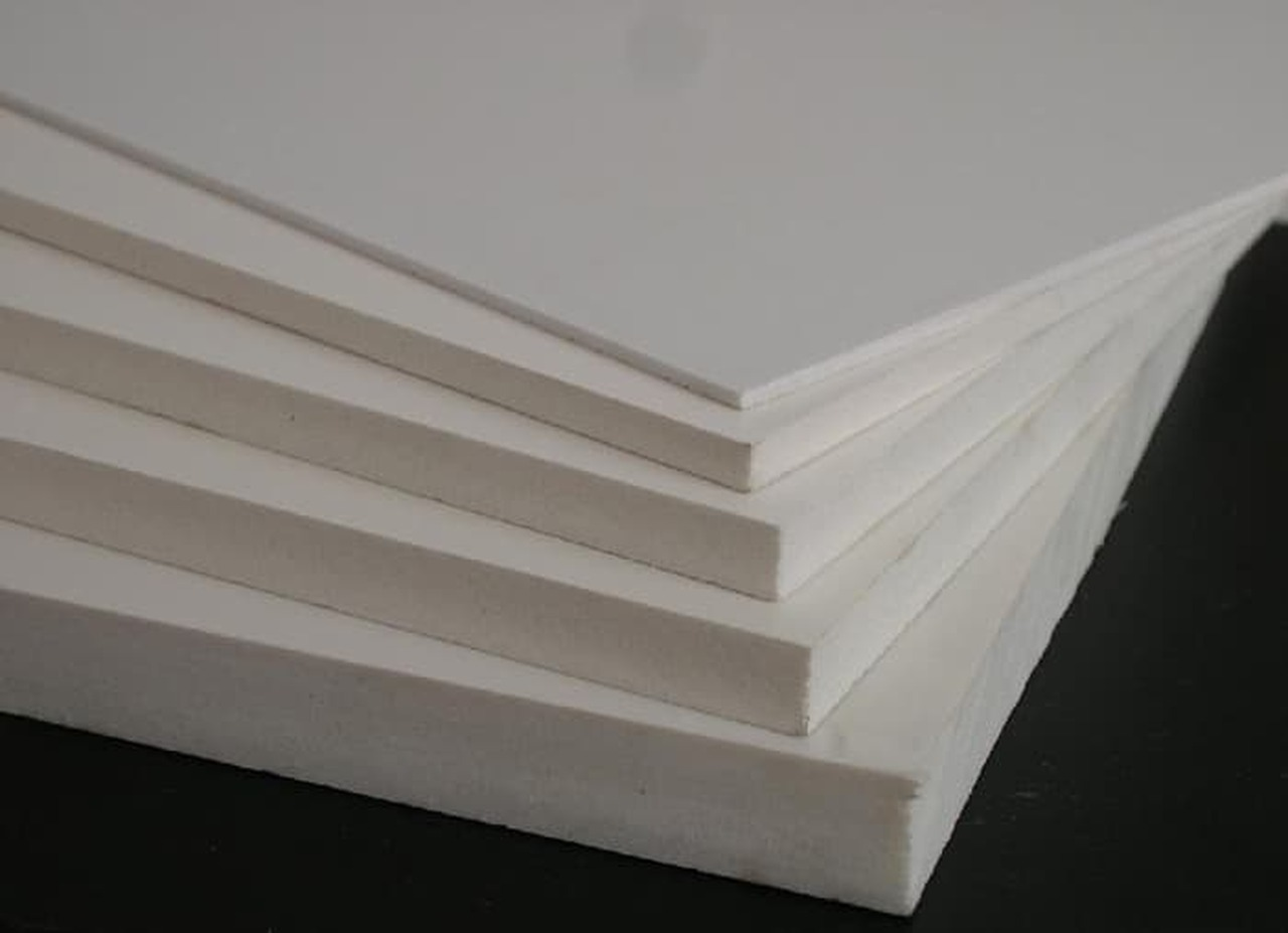 Sintra Board 4' x 8' x 6mil (122cm x 244cm )