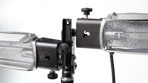 Rental - Lowell Tota Lighting Kit w/Stands (2) (200 Watt)