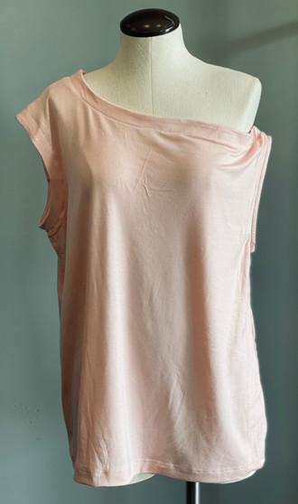 One shoulder blush top