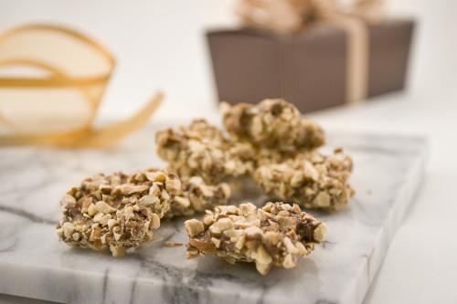 Almond Crunch Gift Box