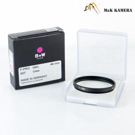 B+W 48mm 007M MRC Black 1069111 Filter #111