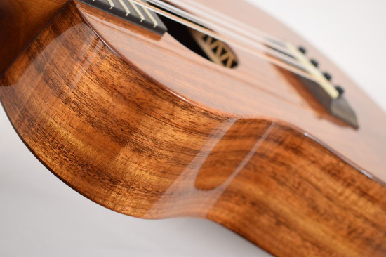 Kanile'a K-1T8 : Hawaiian Koa 8-String Tenor Ukulele  - Side
