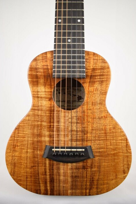 Kanile'a K-1-GL6-DLX : Deluxe Curly Hawaiian Koa Guitarlele - Face