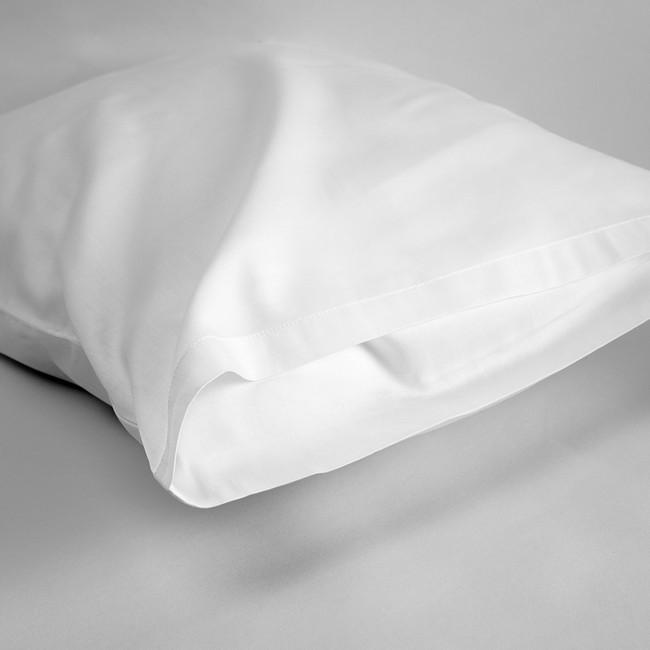 DUXIANA Travel Pillow, Includes Pillow Case