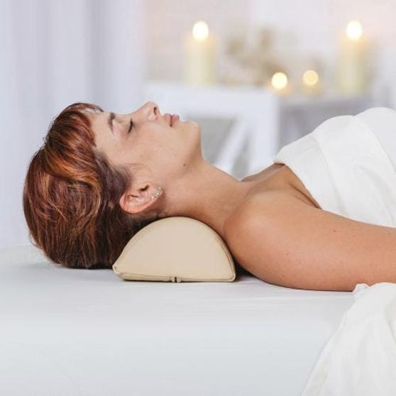 Earthlite Massage Table Bolster, Neck in use
