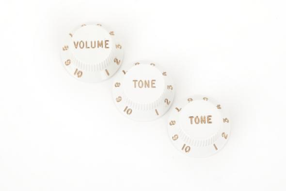 Fender stratocaster knobs set of 3 white