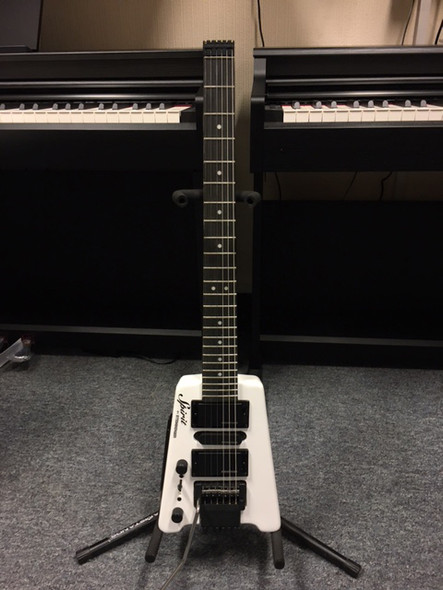 Steinberger GT-PRO Deluxe Outfit Left Handed White