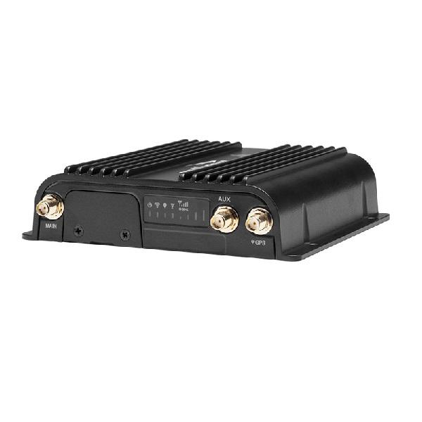 Cradlepoint COR IBR900 Router - 3-YR NetCloud Essentials - No Modem