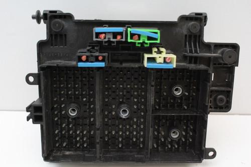 00 01 02 GMC Sierra 2500 6.0L 15177117 Fusebox Fuse Box Relay Unit Module