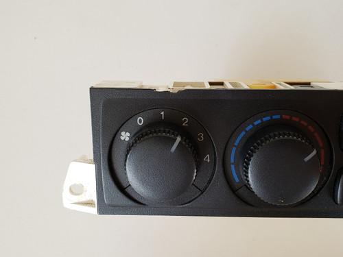 00-02 Mazda 626 GG2A61190A Climate Control Panel Temperature Unit A/C Heater