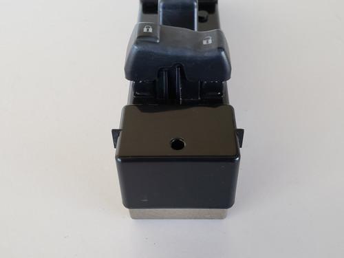 03-06 Gmc Sierra 1500 15132196 Right Front Passenger Window Switch OEM