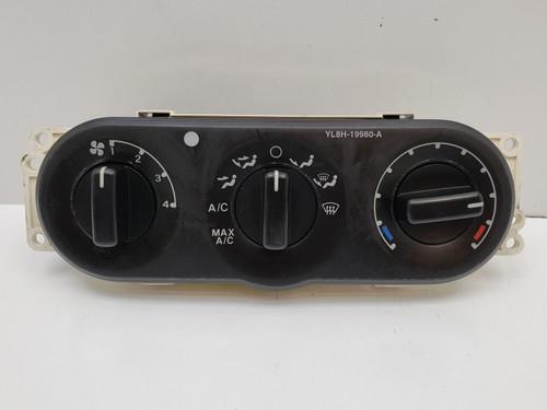 01-02 Ford Escape YL8H-19980-A Climate Control Panel Temperature Unit A/C Heater