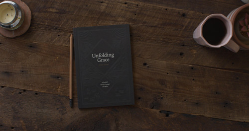 Dive in this study guide as you connect more in your understanding of God's grace from studying the Word of God.  This guide is a companion toUnfolding Grace: 40 Guided Readings Through the Bibleand is for individual as well as small group study