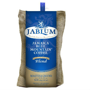 Jablum Blue Mountain Premium Blend produces thrilling taste sensations that mirror a harmonious marriage between the dulcet tones of reggae and pulsating rythms of soca. Taste the flavourful essence of in a cup of Jablum Premium Blend.