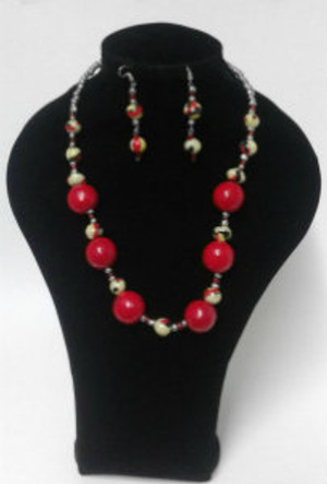 Red paper bead Necklace set