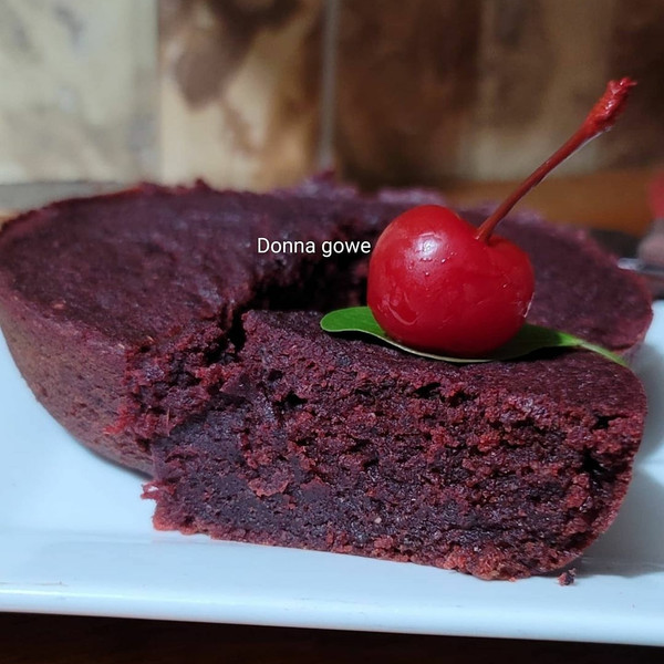 Nyam Bad Sorrel Cake  ( small)