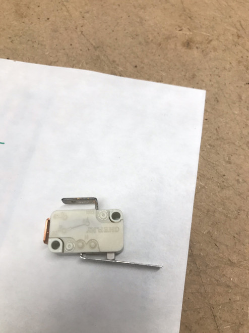 18967901 Snap Action Switch