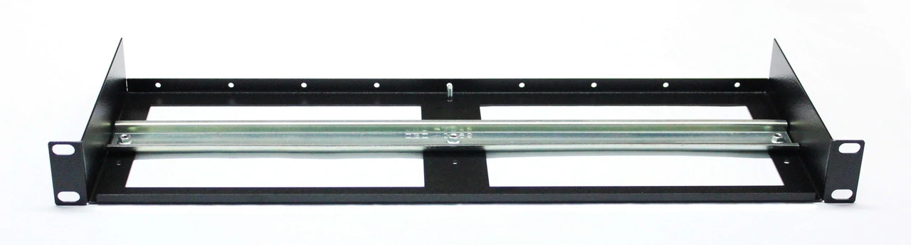 DBB124: front view