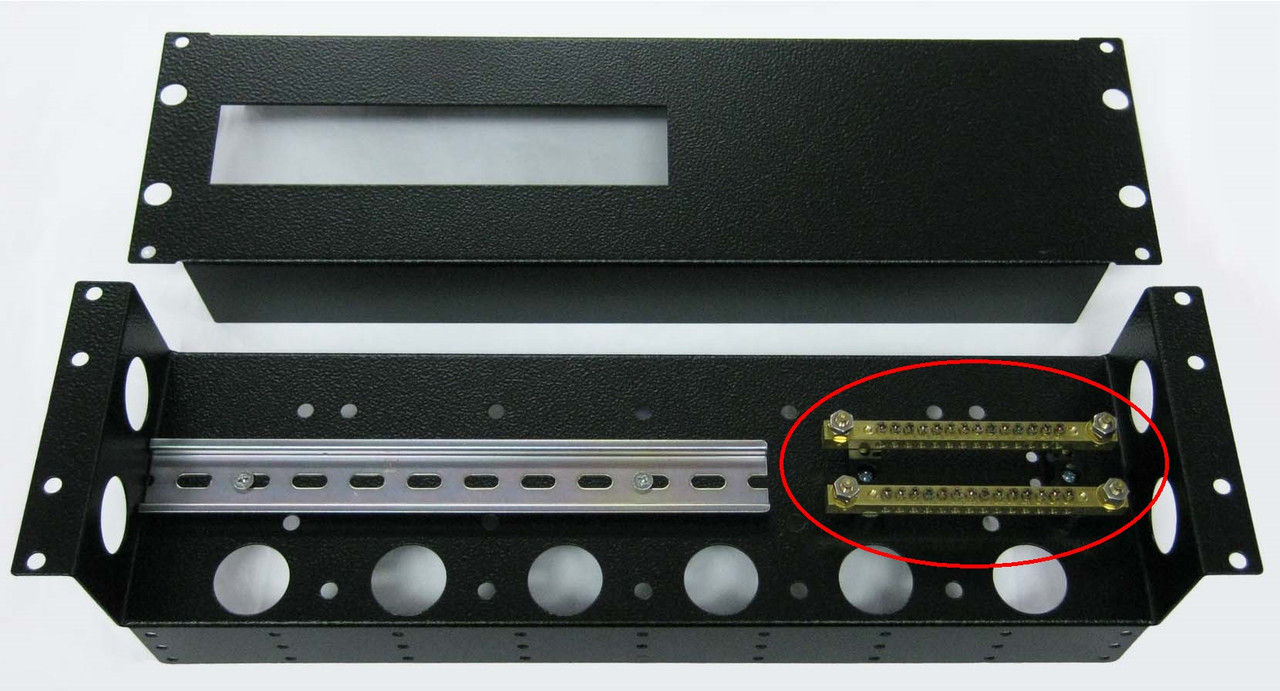 Busbar Brass: AC (Earth + Neutral) with common link