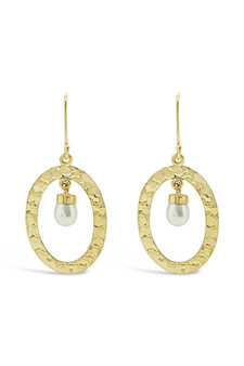 Ichu Hammered Pearl Halo Earrings Gold CH31107G