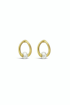 Ichu Twisted Pearl Stud Earrings Gold RP0407G