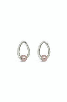 Ichu Twisted Pearl Stud Earrings Lavander RP0407L
