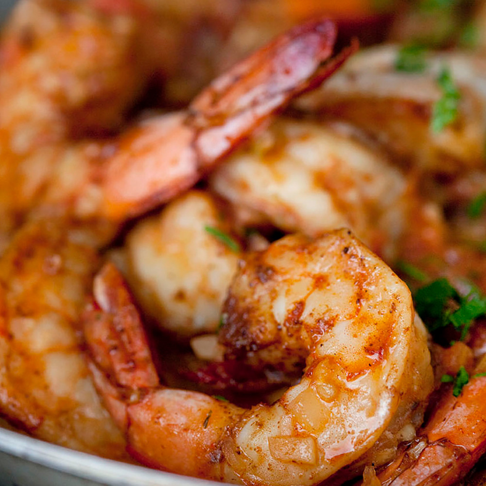 Cooked colossal u12 under 12 count shrimp per pound white headless wild-caught USA American Gulf shrimp