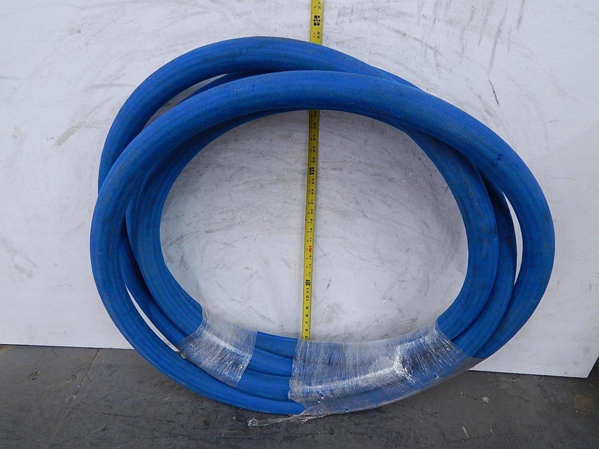 Aeroquip FC300-32 Blue Hydraulic Hose 30 Ft SAE100R5 HIGH TEMP 2 22 In OD  1 81 ID