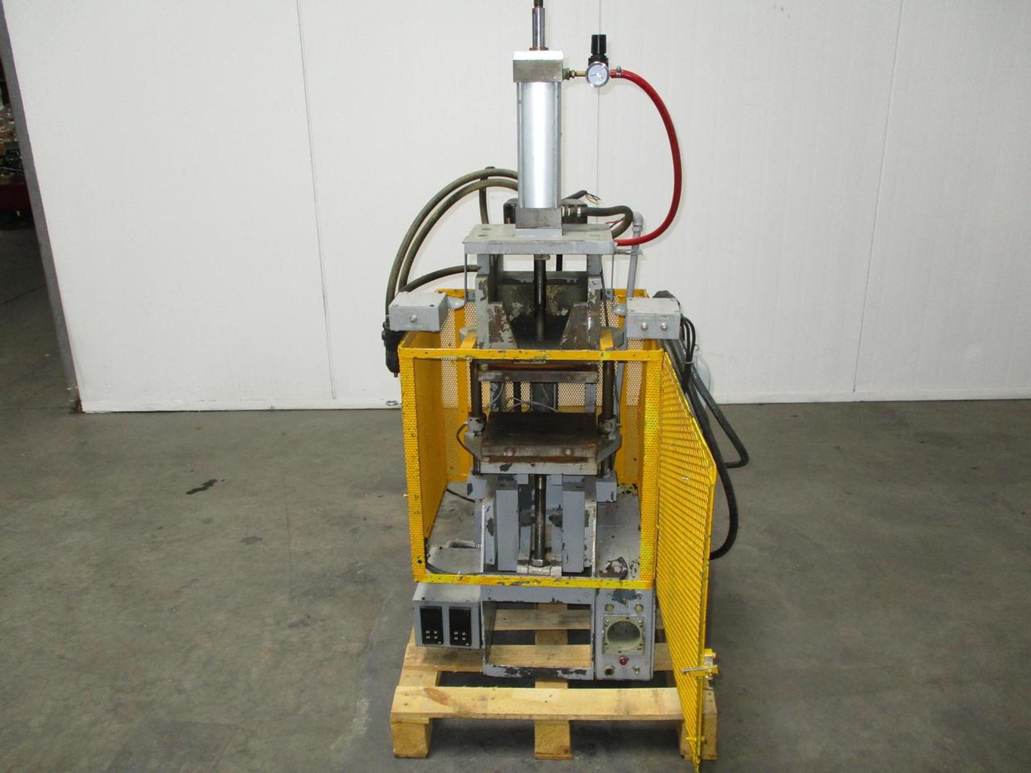 Gluco Compression Injection Molding Machine 120 VAC
