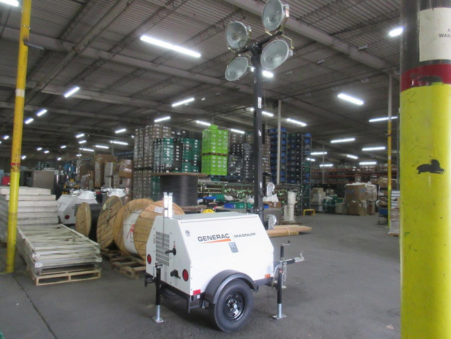 Generac MLT4080K 8,000 Watt Mobile Light Tower w/ Kubota Engine T115239 For Sale